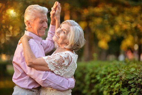 танці допомагають залишатись у формі