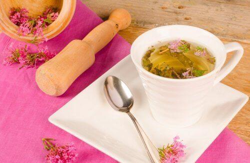 чай з валер'яни для лікування безсоння