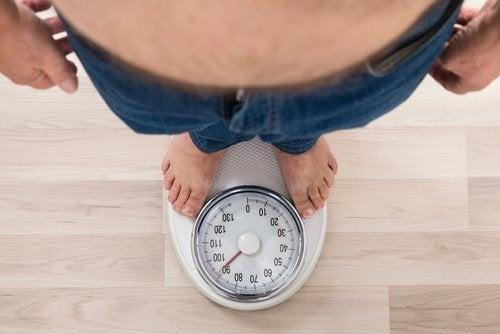 зайва вага викликає підвищений кров'яний тиск