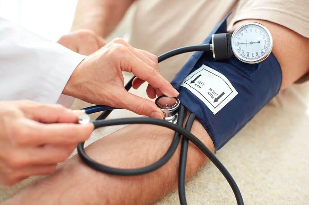 їжте буряк від високого кров'яного тиску