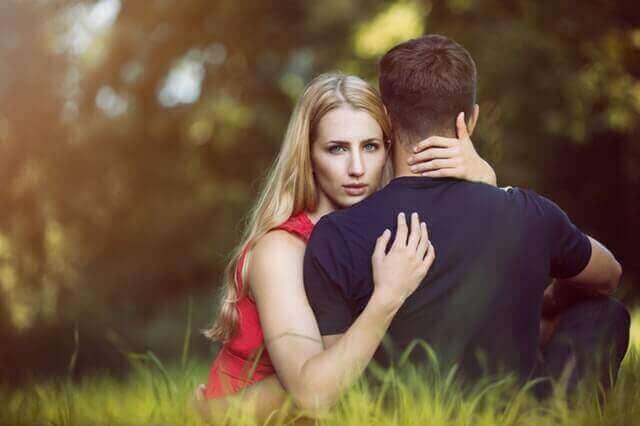 як пережити любов до зайнятої людини