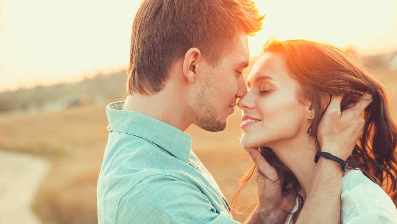 перший поцілунок повинен бути ніжним
