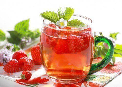 смачні детокс-напої з малиною