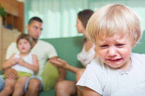 Сварки в присутності дітей та їхні наслідки