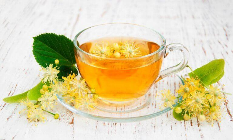чай з лаймового цвіту
