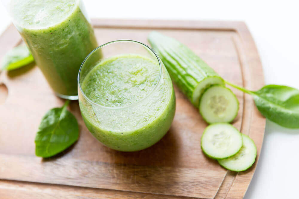 переваги огіркового соку проти затримки рідини
