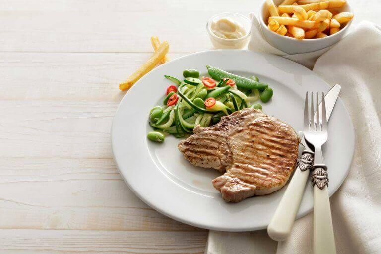 ситно вечеряти шкідливо для організму