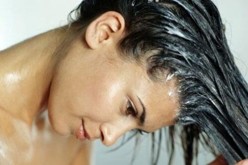 яєчна маска для прискорення росту волосся