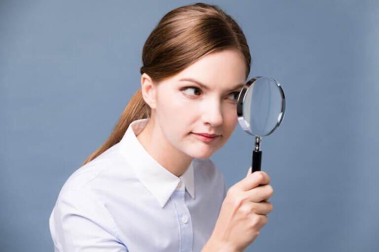 на що дивитися при катаракті