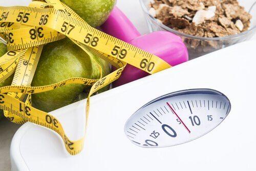 Як не набрати зайву вагу з віком: 6 порад