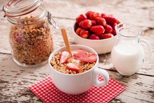сніданок під час коліту