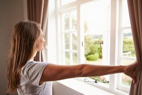 як мати чисті вікна