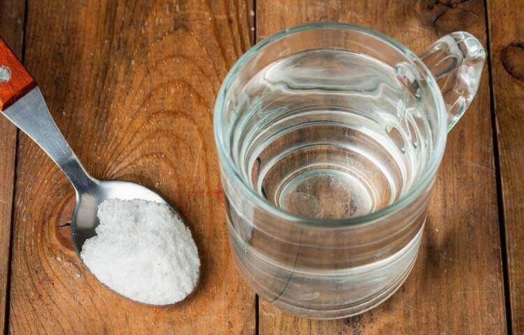 засоби для видалення плям поту