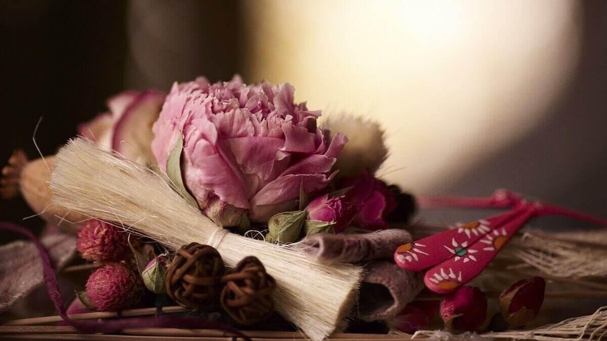 Засушені квіти освіжають повітря