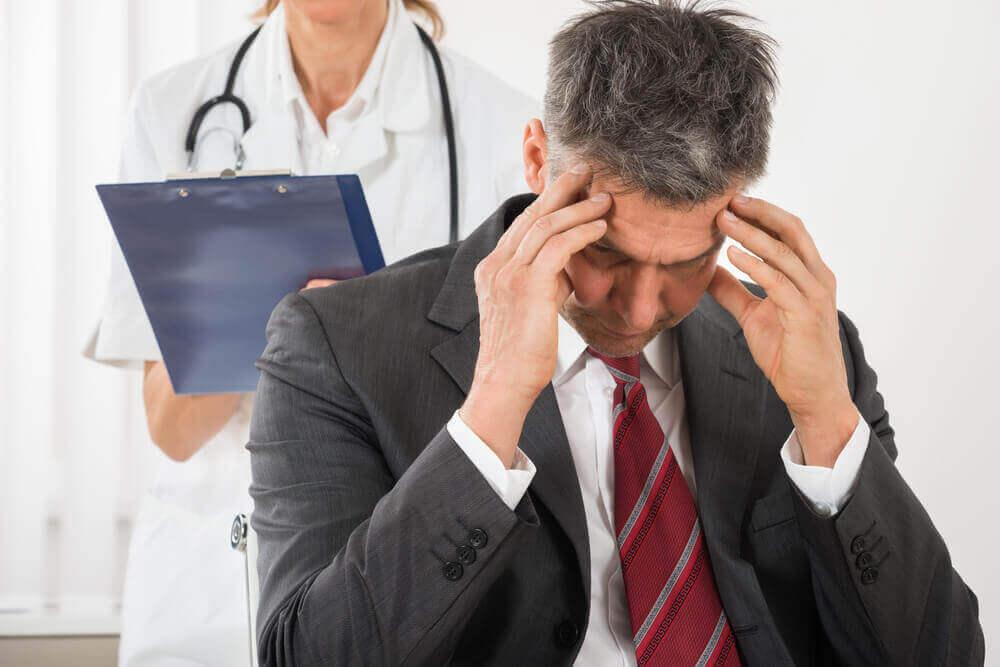 поширені причини головного болю