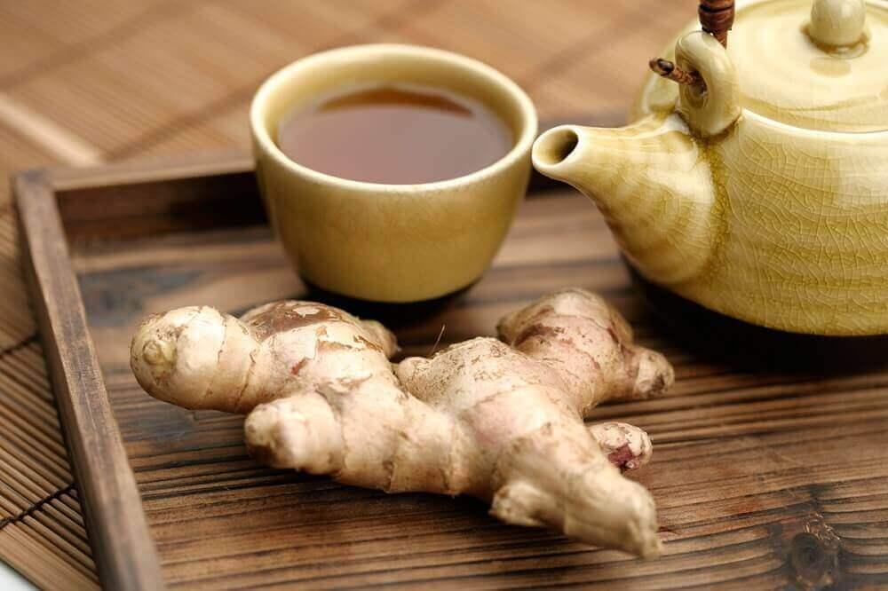 як споживати чай з імбиром і куркумою