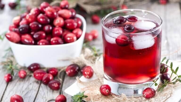домашні напої для схуднення з журавлиною