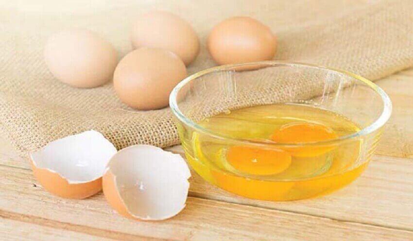 корисні сніданки з овочами та яйцем