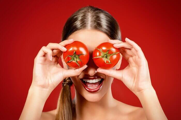 натуральні домашні скраби з помідорами