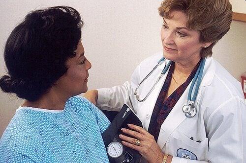 діагностика вузлів на голосових зв'язках