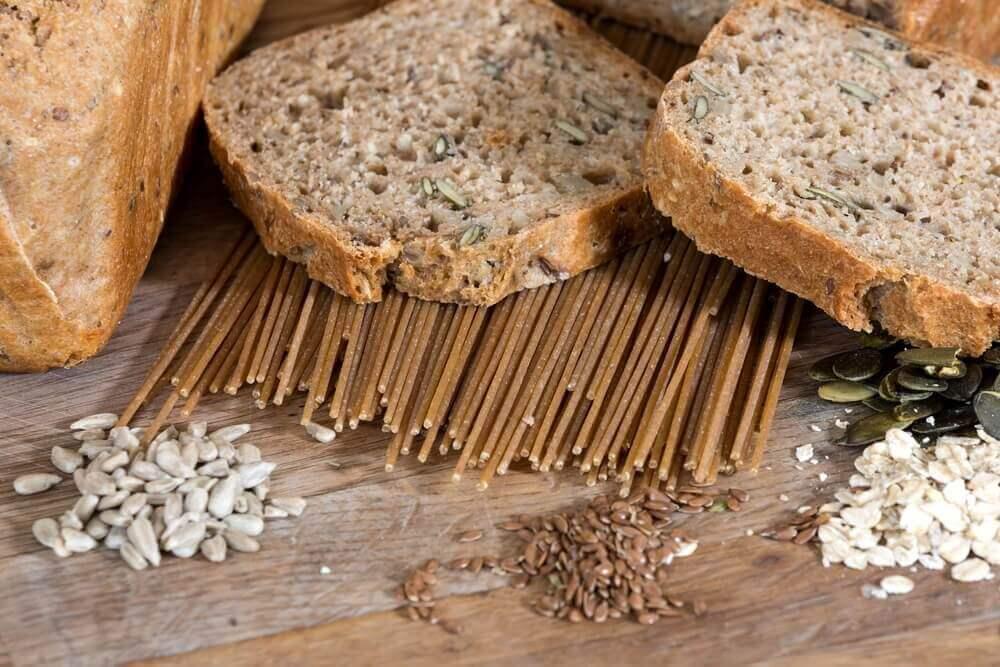 корисні сніданки на основі хліба та шинки