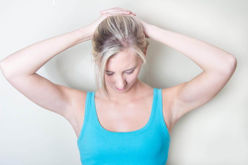 ефективні вправи для полегшення болю в шиї