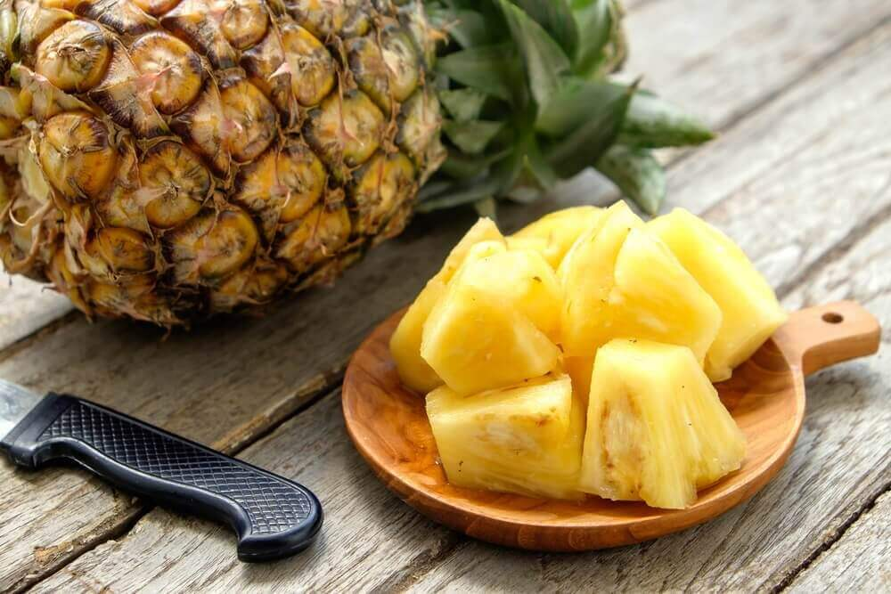 натуральні домашні скраби з ананасом