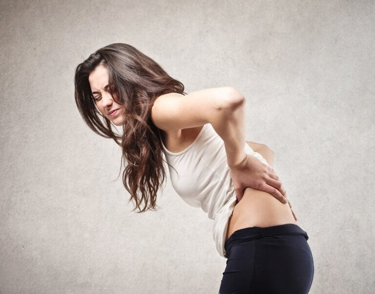 5 проблем зі здоров'ям, що викликають біль у спині