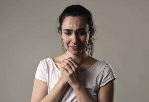 Синдром хронічної жертви: чому деякі люди завжди скаржаться?