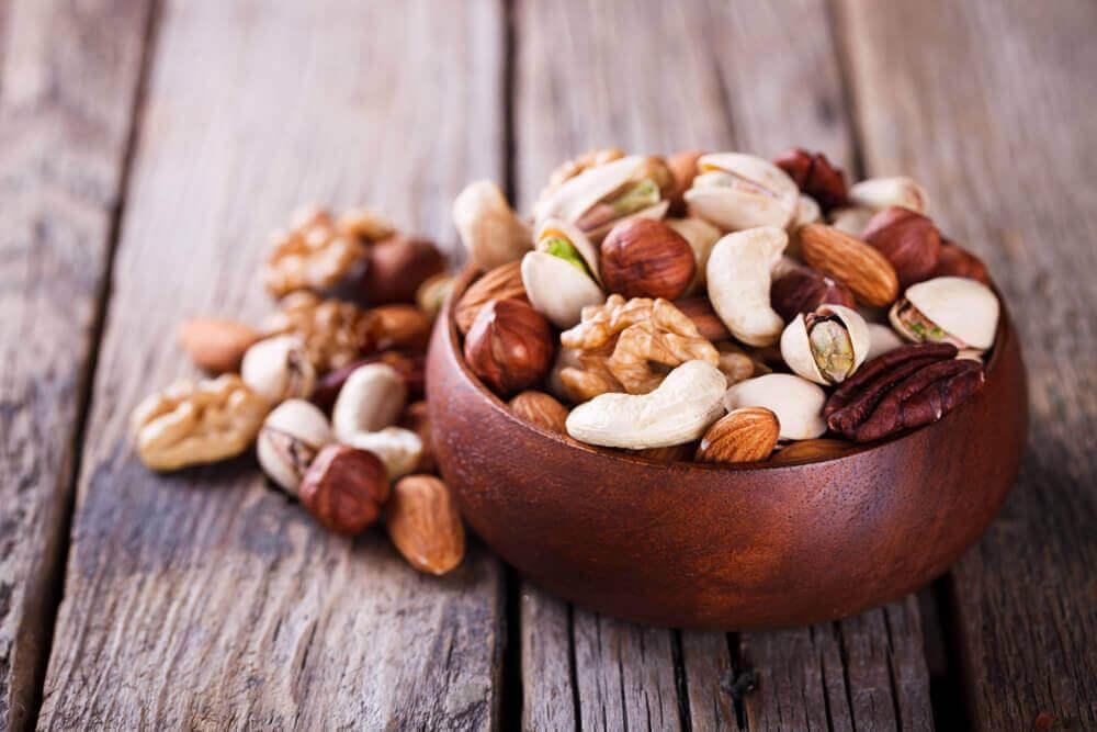Горіхи допомагають знизити холестерин