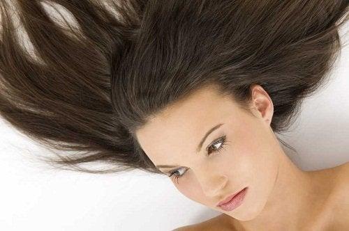 як рідше мити волосся влітку