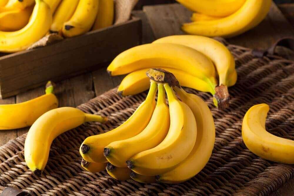 банани допомагають скинути надлишкову вагу