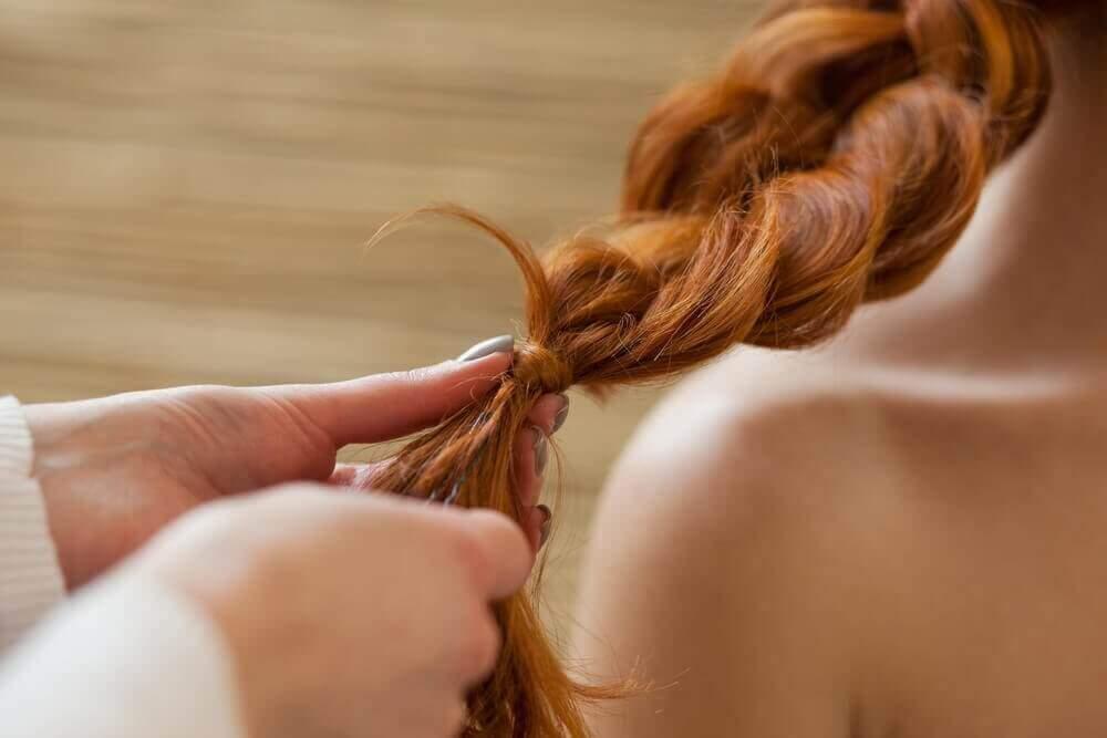 заплітайте волосся