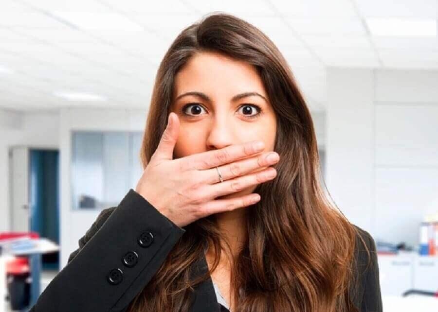 поганий запах з рота