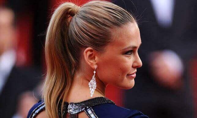 стрижки та зачіски для довгого волосся