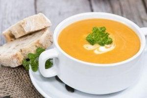 Який овочевий крем-суп найбільш корисний?