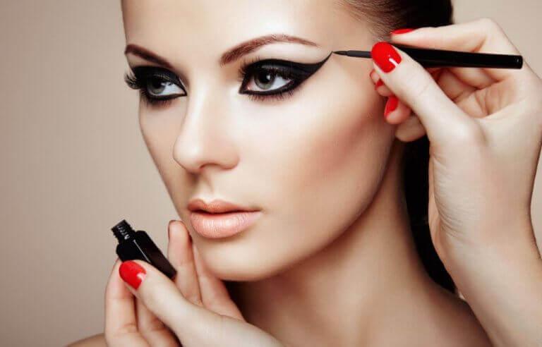 Секрети макіяжу для дивовижного вигляду