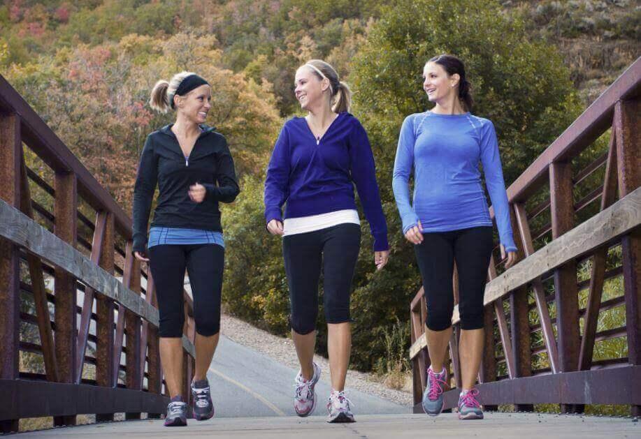 позбутися негативних думок на прогулянці