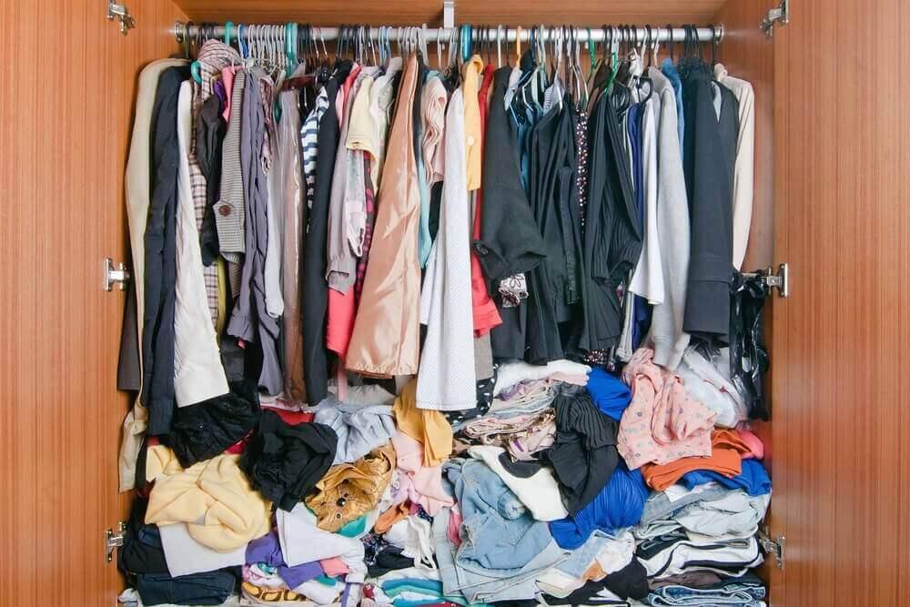 методи зберігання одягу