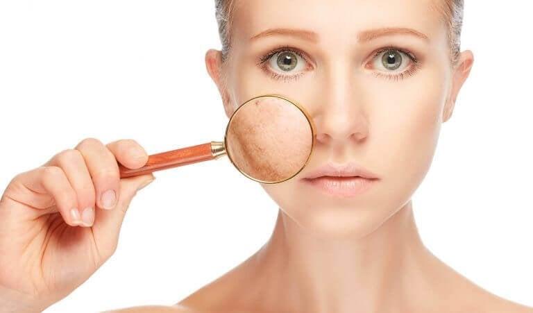 ознаки проблем зі здоров'ям на обличчі