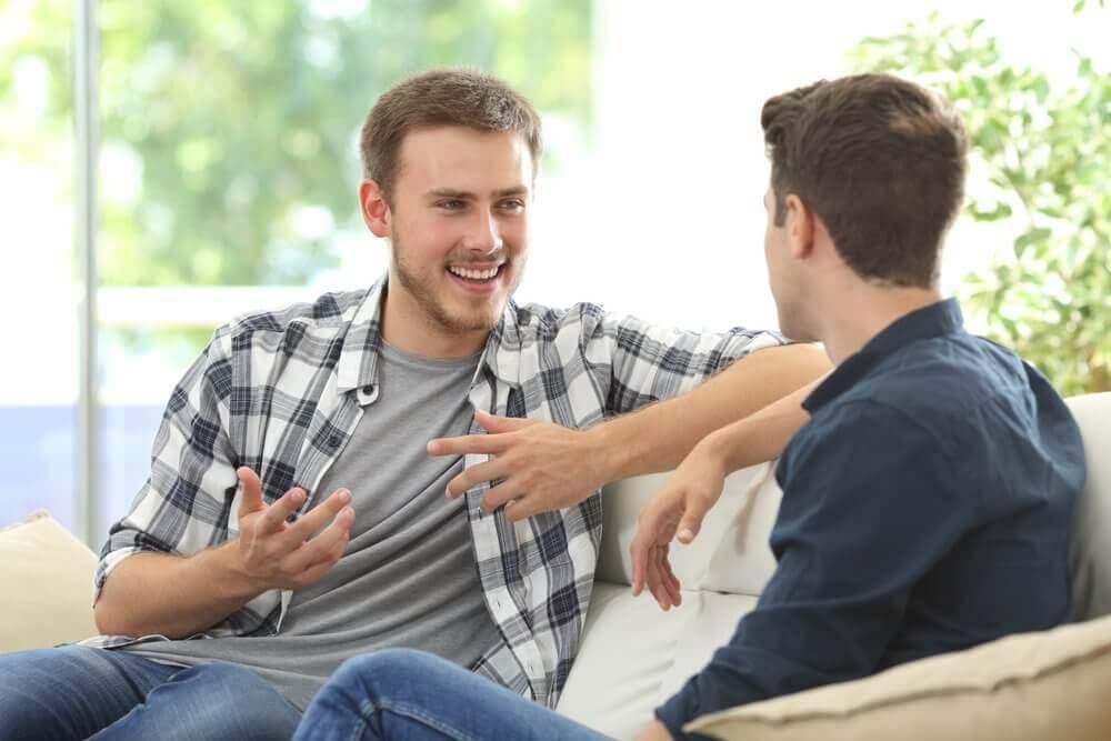 позбутися негативних думок через спілкування