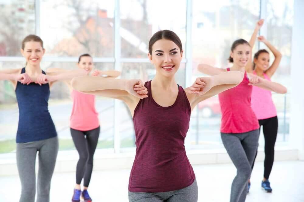 танці допоможуть підтягнути ноги