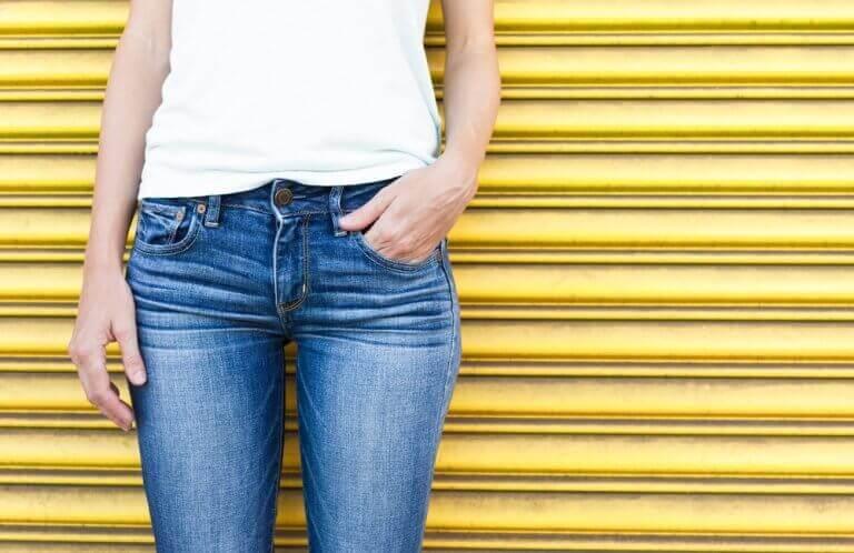 як обрати між вузькими джинсами та кльош