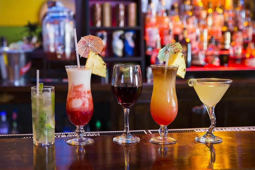 шкідливі напої, що містять алкоголь
