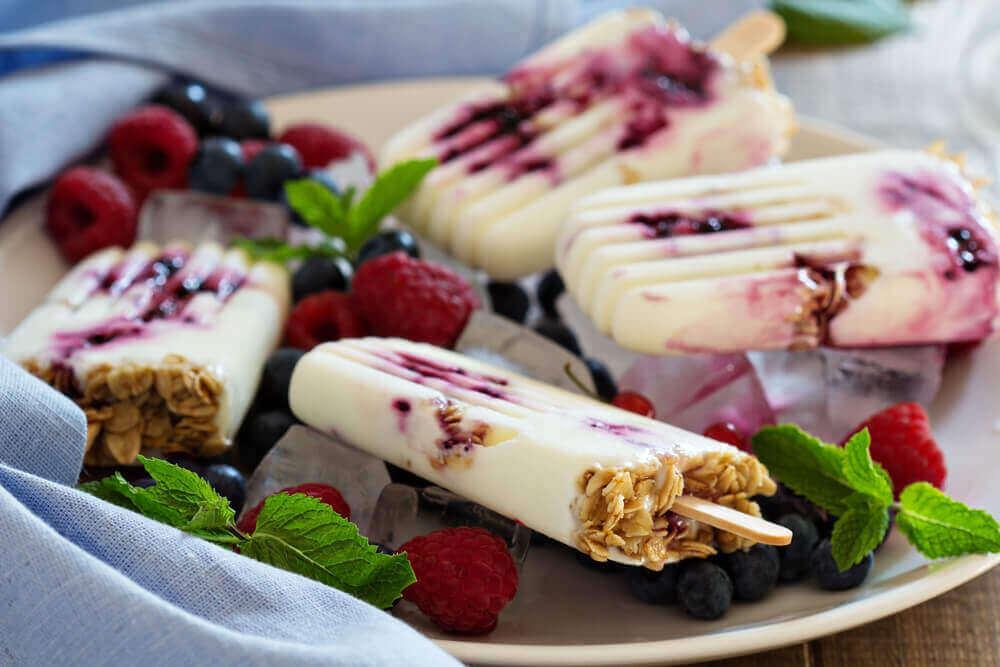 3 способи приготувати заморожений йогурт
