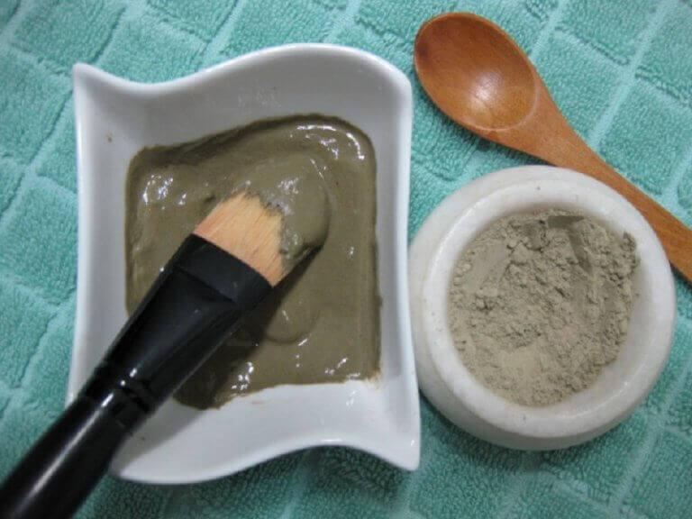 маска з глини для пружності шкіри