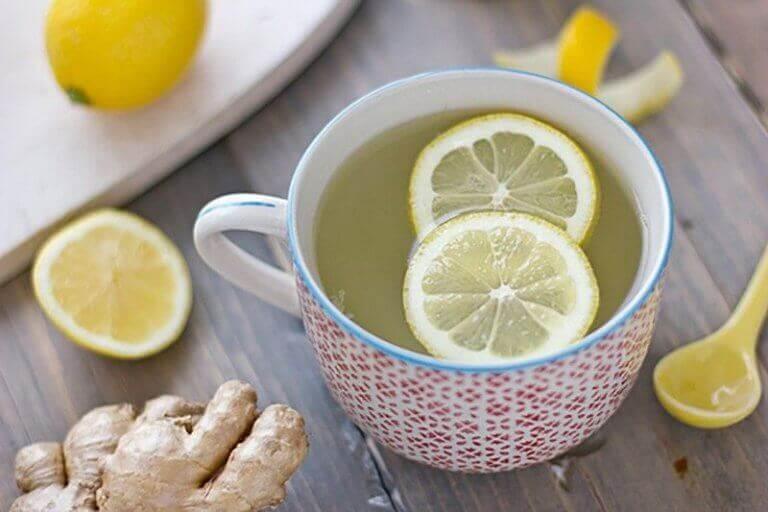 імбирний коктейль з лимоном