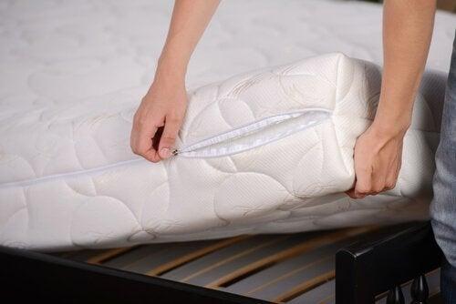 прості способи дезінфекції спальні