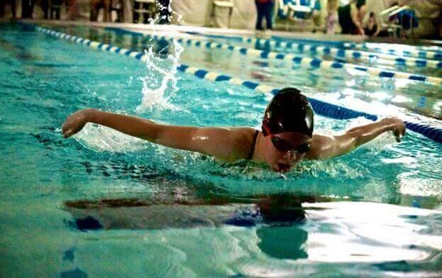 Переваги плавання для тренування всього тіла