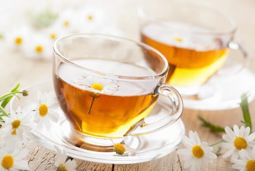 ромашковий чай для лікування стоматиту